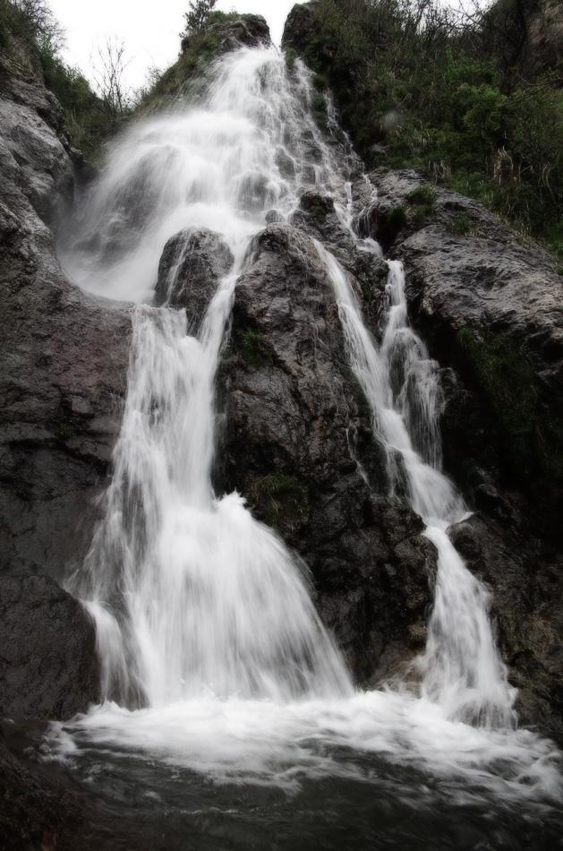 滝(スローシャッター)